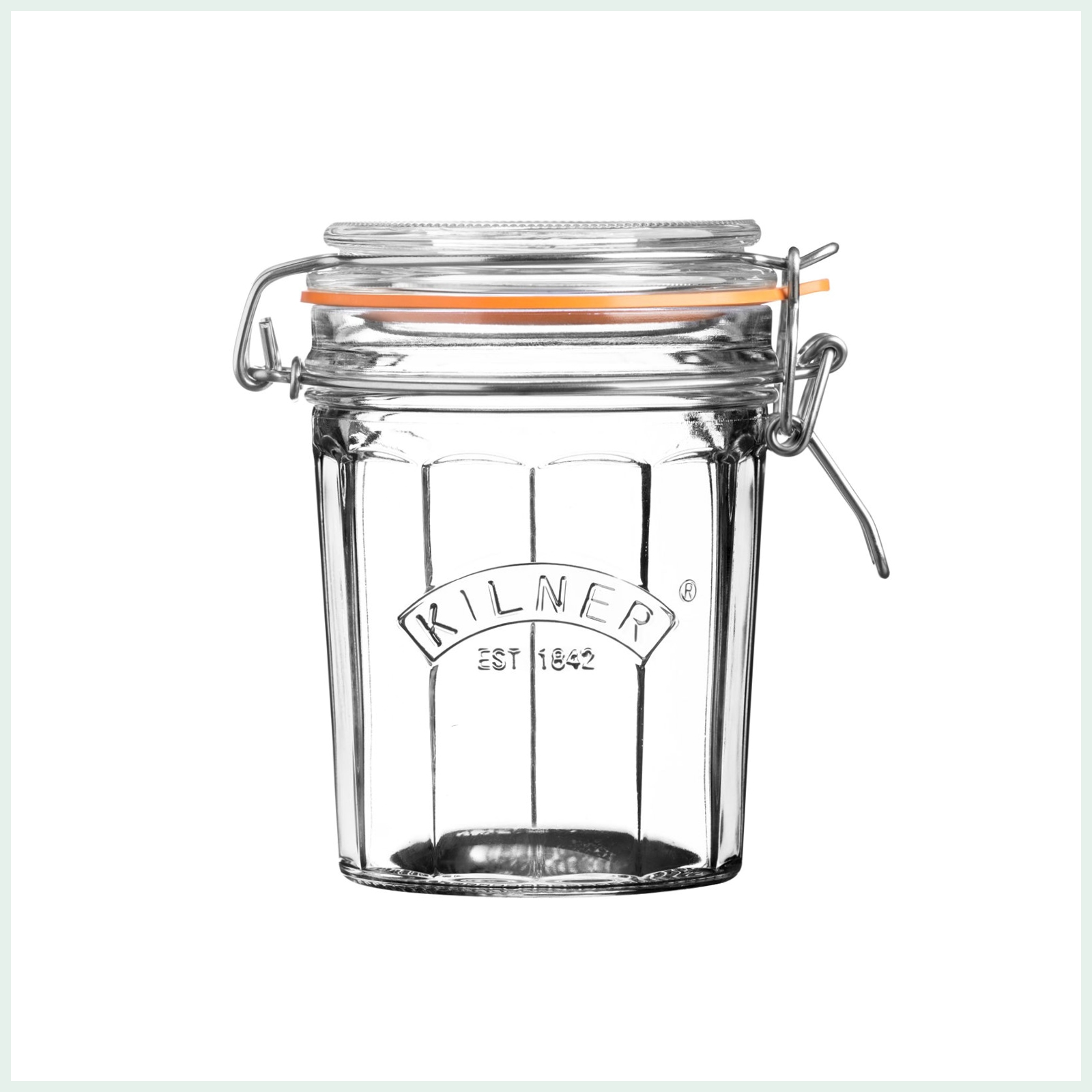 Kilner 0.45 litre faceted clip top preserve jars for dry storage, jam making and pickling. Available in 3 sizes.