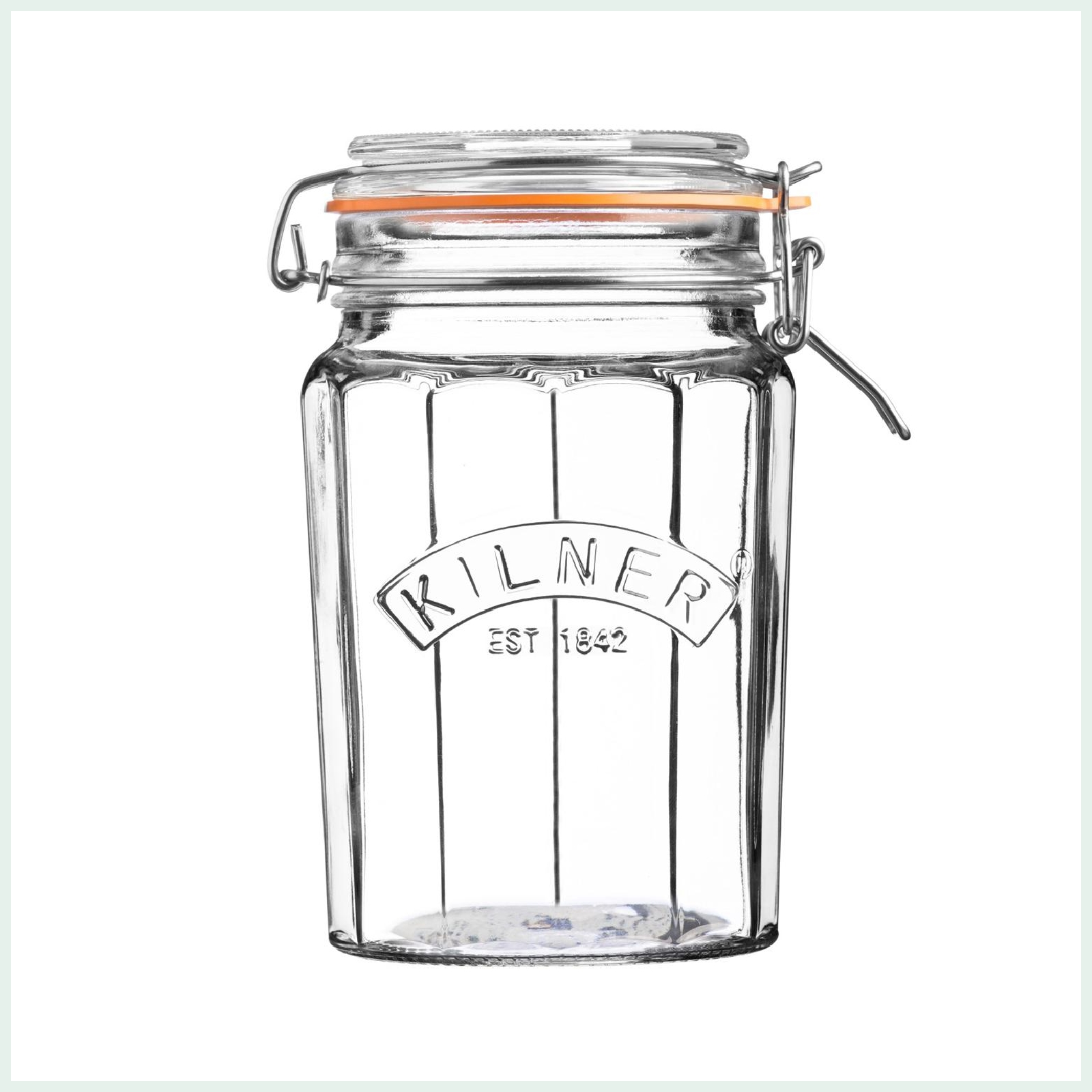Kilner 0.95 litre faceted clip top preserve jars for dry storage, jam making and pickling. Available in 3 sizes.